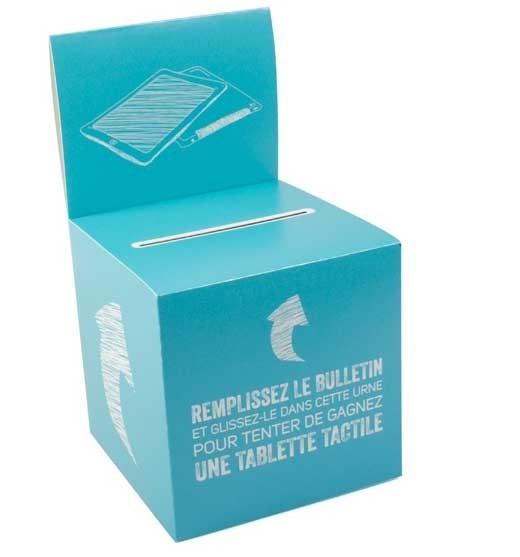 Urne en carton avec porte visuel personnalisée chez Promociel
